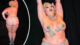 Florida Burlesque Festival se koná na počest zesnulé pin-up modelky Bunny Yeager.