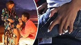 Zpěvačka Ciara nosí od minulého týdne na prsteníčku levé ruky tento velký diamant.