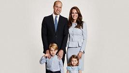 Vévoda a vévodkyně z Cambridge zveřejnili nový rodinný portrét