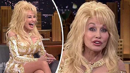 Dolly Parton odmítá stárnout.