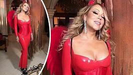 Mariah se stylizovala do ďáblice.