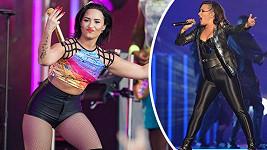 Demi Lovato dnes (vlevo) a před rokem.