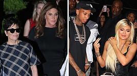 Oslavenkyně Kylie Jenner (vpravo) s přítelem a jejími rodiči.