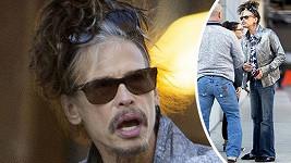 Zpěvák kapely Aerosmith je prostě svůj...