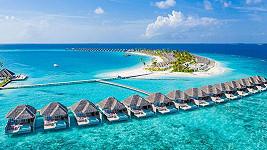 Pro Maledivy je typické ubytování v romantických dřevěných chatičkách přímo nad mořskou hladinou