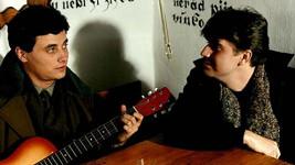 Boris Slivka (vlevo) a Peter Marcin v seriálu Chlapci a chlapi