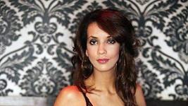 Renata je zatraceně sexy DJka.