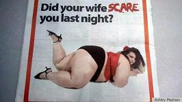 Kontroverzní reklama internetové seznamky podporující mimomanželský sex.