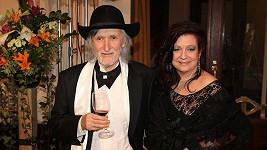 Juraj Jakubisko s manželkou.