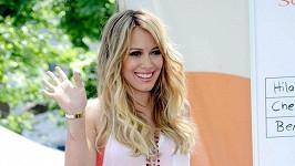 Hilary Duff je těhotná.