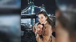 Páreček si užívá v Londýně.