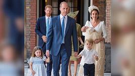 William s manželkou Kate a dětmi Georgem, Charlotte a Louisem