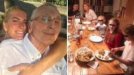 Jiří Menzel si po návratu z nemocnice připil s celou rodinou na zdraví.