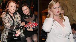 Režisérce Theodoře přišly gratulovat k premiéře maminka Iva Janžurová i sestra Sabina.