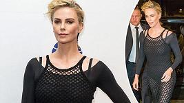 Charlize Theron si ze zvěstí o románku s Bradem Pittem těžkou hlavu nedělá.