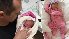 Tohle je jeho první vnučka.