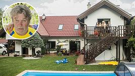Roman Skamene má krásné bydlení.
