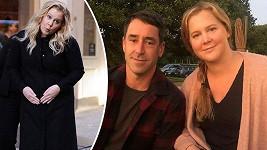 Amy Schumer a Chris Fisher se těší na první dítě.