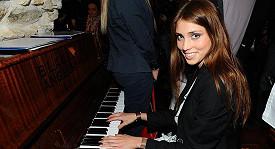 Česká Miss World Denisa Domanská na párty nového módního časopisu
