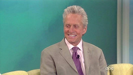 Michael Douglas v talk show The View.