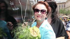 Hana Maciuchová rozdávala úsměvy na všechny strany.