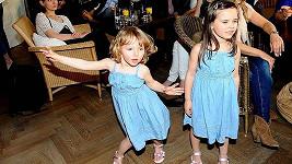 Charlotte Ella (vpravo) a Nelly Gottovy na benefičním večeru Afrika na krku