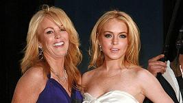 Lindsay Lohanová se svou matkou Dinou.