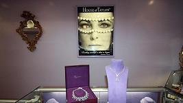 Šperky navržené Elizabeth Taylor.