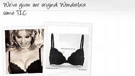 Eva Herzigová v reklamní kampani na spodní prádlo Wonderbra.