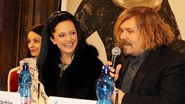 Lucie Bílá se na tiskovce k Českému lvu bavila s režisérem večera Petrem Vachlerem.
