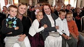 Ivana Janžurová s dcerami a vnoučaty.