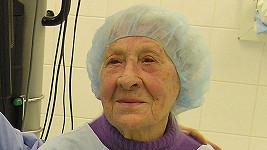 Vlastimila Češková po operaci zraku.