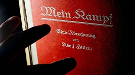 Hitlerova kniha z výjimečné omezené edice putuje do dražby.