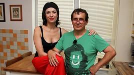 Tereza Kostková s mužem Petrem Kracíkem.