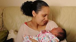 Mellisa Crosdalová se svou dcerkou Rowenou.