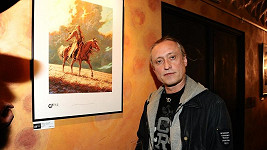 Kamil Střihavka ny výstavě fantasy obrazů.