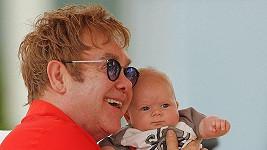 Elton John se synem Zacharym.