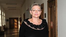 Darina Nová možná na poslední chvíli zabránila zneuctění ostatků svých rodičů.