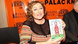 Halina podepisovala svou novou knihu Velká žena z Východu.