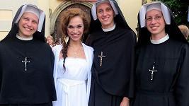 Kamila s jeptiškami.