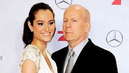 Bruce Willis s manželkou Emmou Heming.