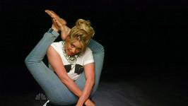 Shakira se nezdá, ale umí ještě daleko více, než jen kroutit boky...