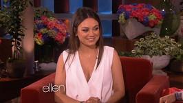 Mila Kunis přiznala, že je těhotná.