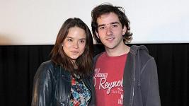 Matouš Ruml a Kristína Svarinská si zahrají v komedii 10 pravidel, jak sbalit holku.