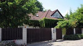 Dům Ivety Bartošové v Uhříněvsi