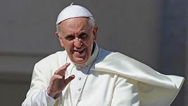 Nejlépe oblékaným mužem je podle magazínu Esquire papež František.