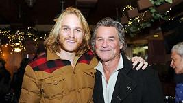 Wyatt Russell se svým otcem Kurtem.