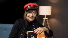 Jednasedmdesátiletá zpěvačka promluvila o svých začátcích.