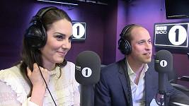 Nezvyklí moderátoři ranní show na rádiu BBC, princ William a vévodkyně Kate