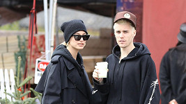 Hailey Baldwin se zastala nemocného manžela Justina Biebera.